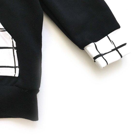 Sweat capuche uni pour bébé et enfant, Sweat uni avec poche et capuche motif quadrillé, coloris au choix.