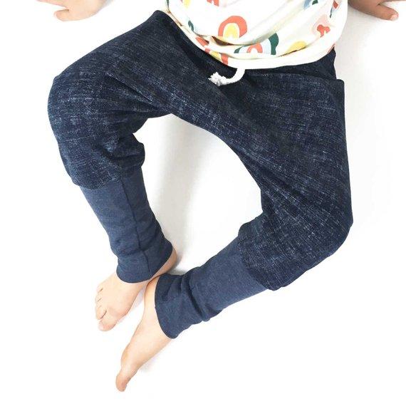 Sarouel knickers pour bébé et enfant, sarouel évolutif, sarouel knickerbocker,  sarouel sweat denim bleu